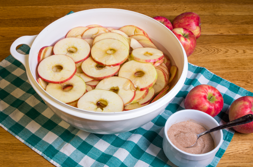 Recipe: Low-Cal Baked Cinnamon Apples
