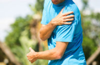 man with rotator cuff injury