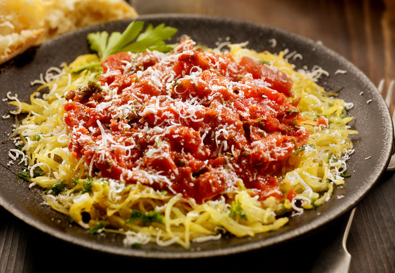 spaghetti squash with tomato sauce and cheese