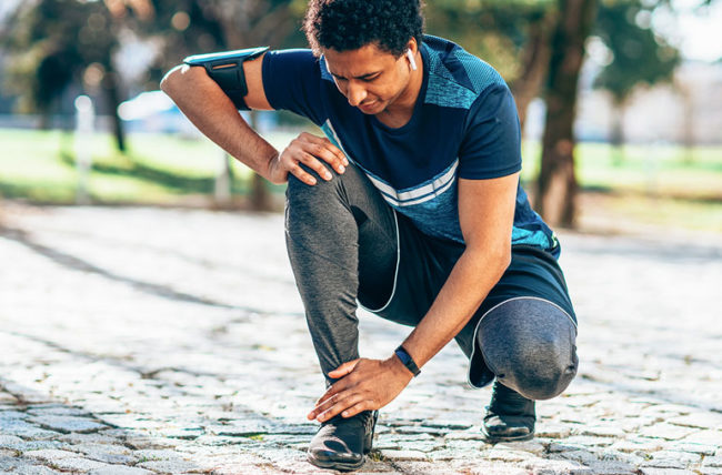 man exercise ankle pain