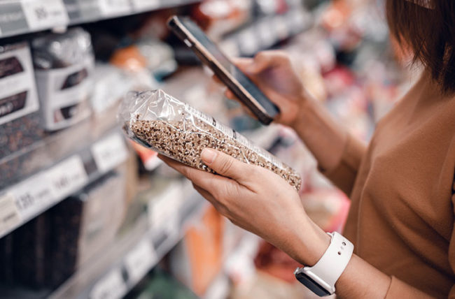 checking food label for ingredients gluten
