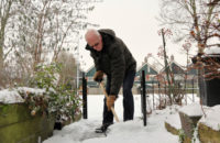 5 Tips for Older Adults Who Want To Tackle Winter Chores