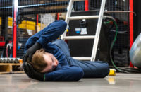 Man fell off ladder and hit his head so has a possible concussion