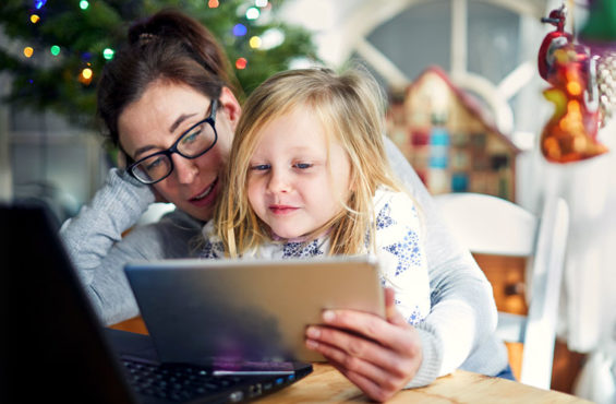 holiday shopping online during covid